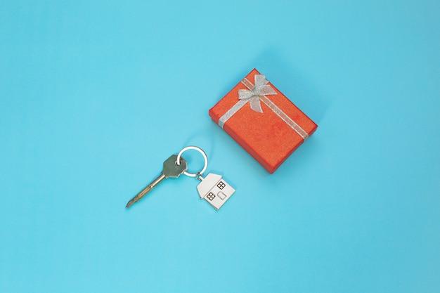 Eine wohnung kaufen. hypothek, wohnen als geschenk, wohnen für eine junge familie.