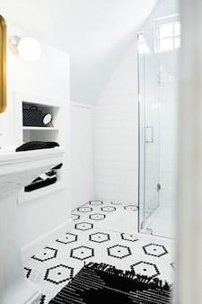 Einfach helles sauberes designbad