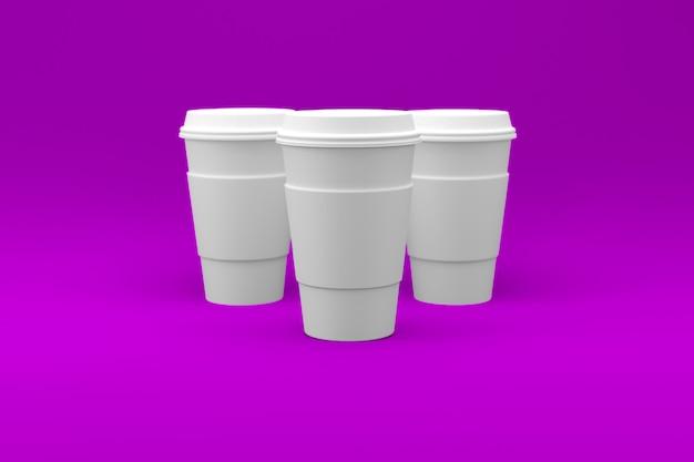 Einfache weiße kaffeetasse auf farbiger oberfläche isoliert