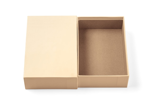 Einfacher brauner karton isoliert auf weißem hintergrund mit beschneidungspfad Premium Fotos