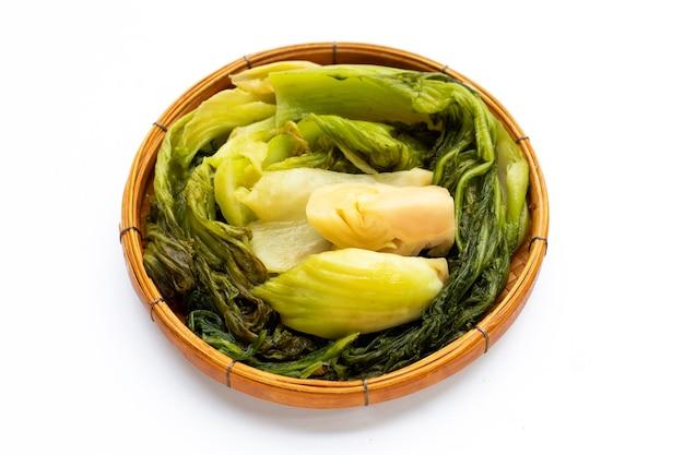 Eingelegter kohl, senfgrün. thai-food-stil