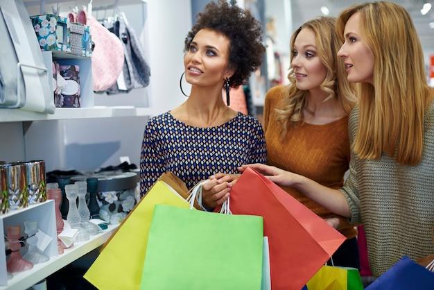 Einkaufen mit den besten freunden