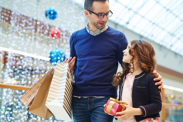 Einkaufen mit tochter
