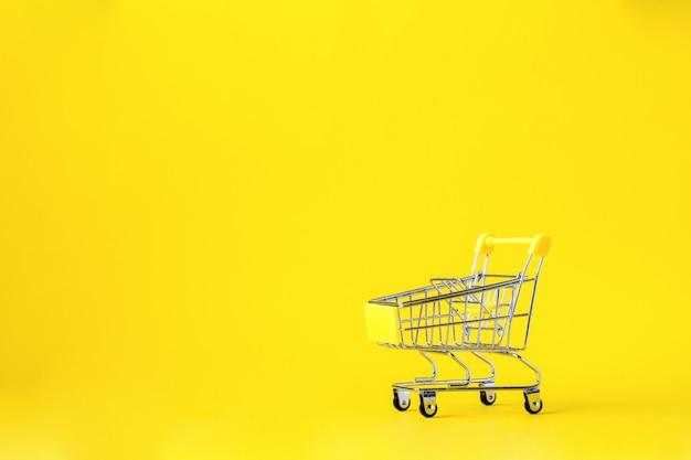 Einkaufswagen einkaufswagen ist leer