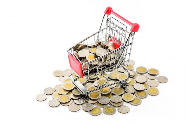 Einkaufswagen oder warenkorb mit münze für e-commerce-konzept oder finanzkonzept