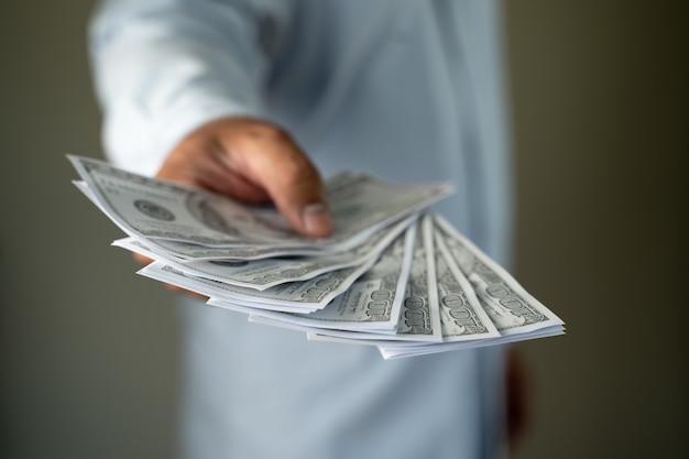 Einkommens- und geschäftsbanking-netzwerkverbindung us-dollar und geldkorruption finanzieren gewinn, kaution, kriminalität