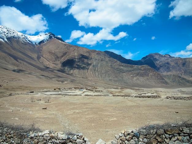 Eisberge und landschaft von lah ladakh, indien