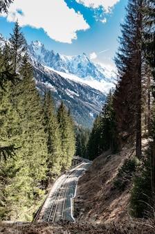 Eisenbahnlinie unter dem mont blanc, chamonix