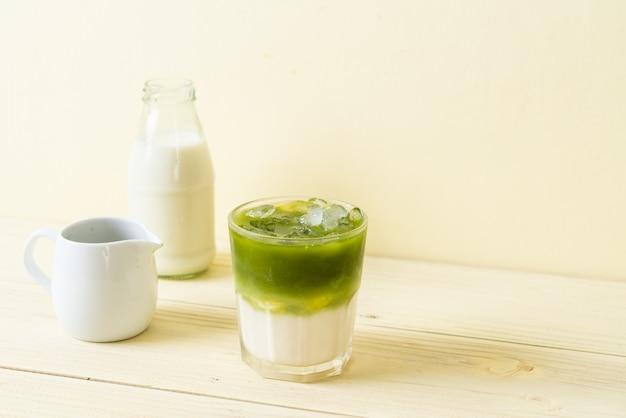 Eistee matcha grüner tee latte