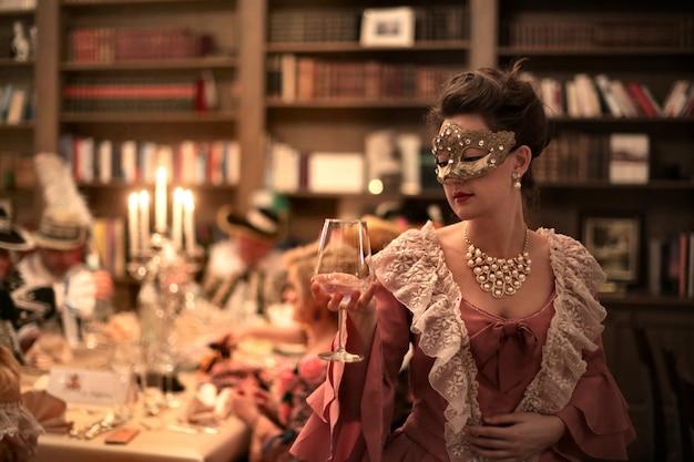 Elegante maskeradenparty