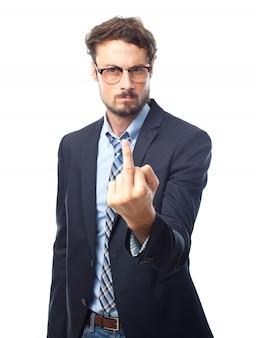 Eleganter mann mit erhobenem herzen finger
