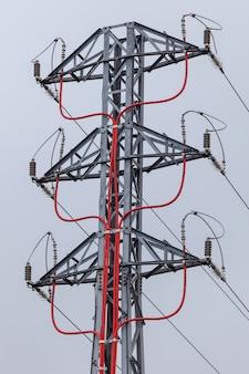 Elektrischer pylon