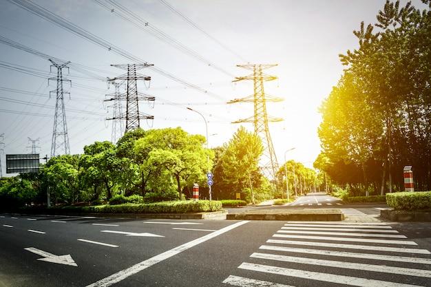 Elektrizitätsmast isoliert