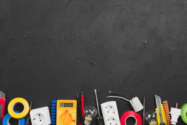 Elektronische ausrüstung und werkzeuge