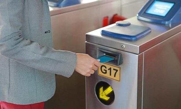 Elektronischer pass für bangkok mass transit system
