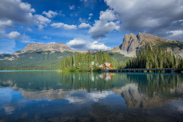 Emerald lake, yoho nationalpark, britisch-columbia, kanada