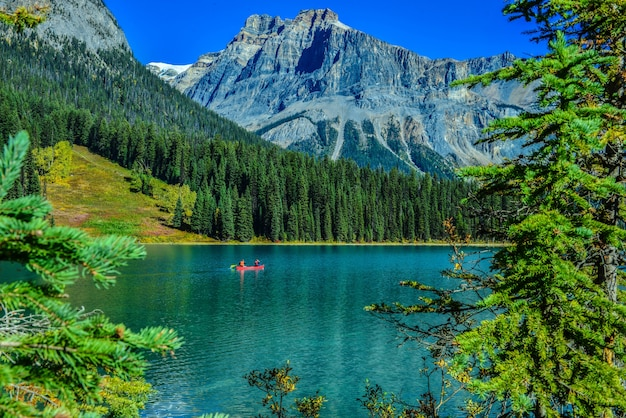 Emerald lake, yoho nationalpark in kanada