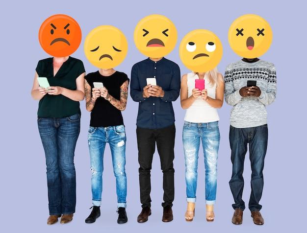 Emoji gesichter in den sozialen medien