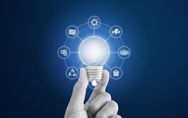 Energiesparkonzept mit glühbirne