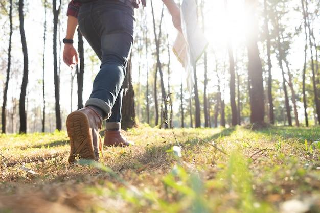 Entspannen sie sich abenteuer und lebensstil wandern reise idee konzept.