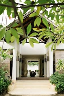 Entspannungshaus im thailändischen stil