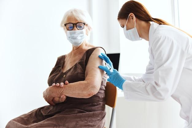 Epidemie des sicherheitsvirus bei der impfung von krankenhauspatienten