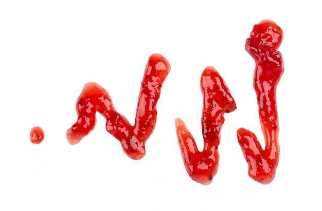 Erdbeer dicker marmeladennieselregen, isoliert auf weiß
