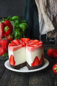 Erdbeer-käsekuchen süße torte dessert