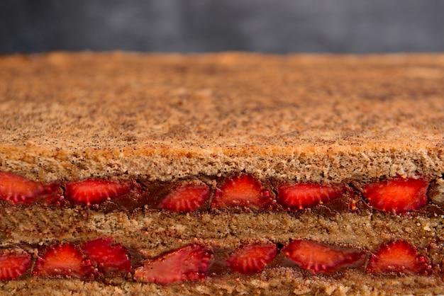 Erdbeer-schokoladenkuchen