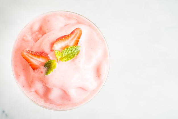 Erdbeer-smoothies