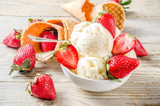 Erdbeer vanilleeis