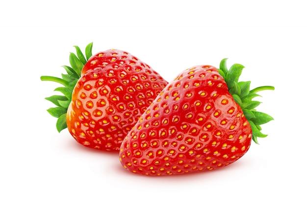 Erdbeere getrennt auf weiß mit ausschnittspfad