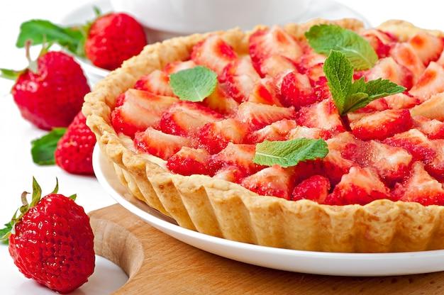 Erdbeertarte mit vanillesoße