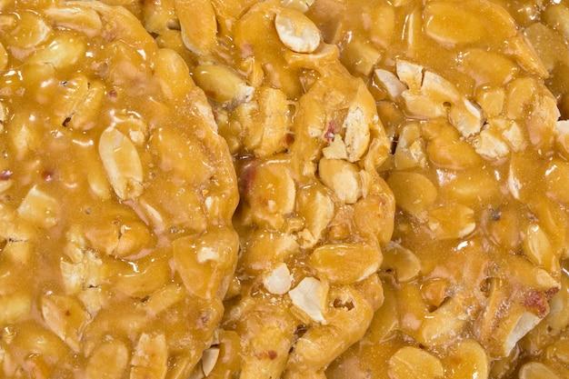 Erdnüsse chikki