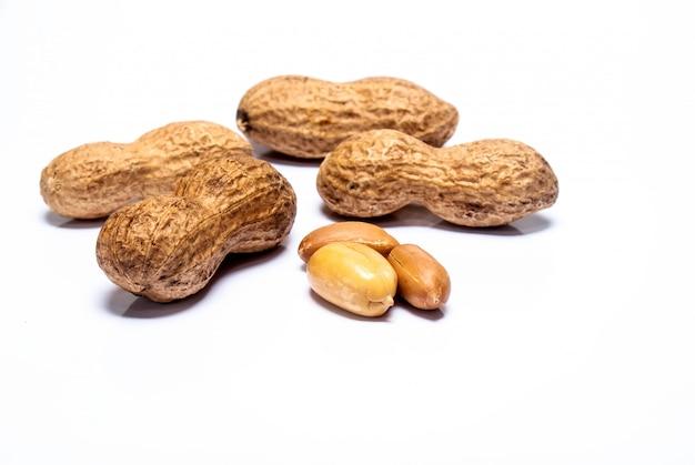 Erdnüsse isoliert