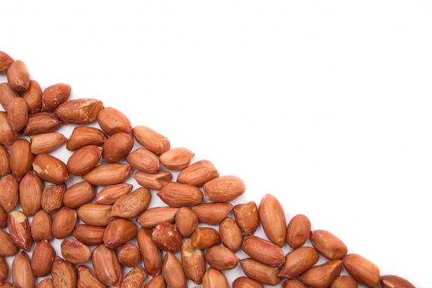 Erdnüsse, ungereinigte erdnüsse in der schale.