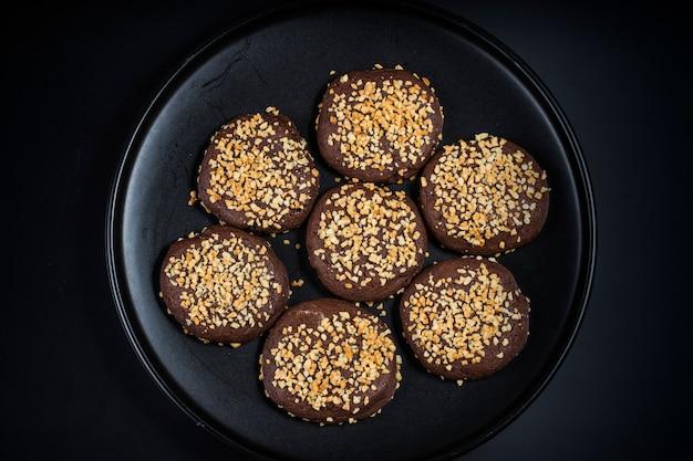 Erdnuss schokoladenkekse