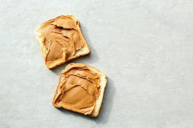 Erdnussbutter-sandwiches