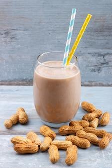 Erdnussbutter-smoothie