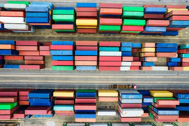 Erial fotografie des containerterminals Kostenlose Fotos
