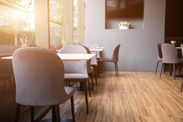 Eröffnung des modernen café-innenraums