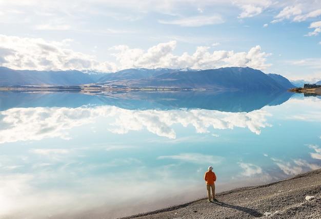 Erstaunliche naturlandschaften in neuseeland. gebirgssee.