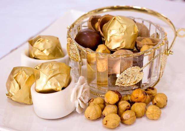 Erstaunliches bild der schokoladengoldplatte