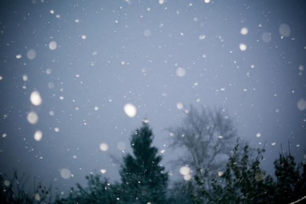 Erster schneesturm