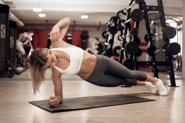 Erwachsener aktiver hintergrund aerobic athletisch
