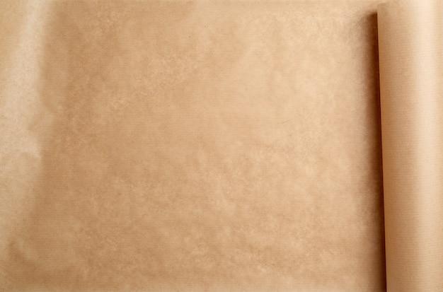Erweiterte braune papierrolle, bildfüllend
