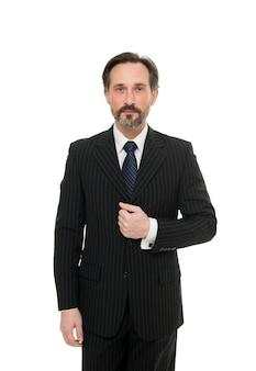 Es besteht kein zweifel, dass er gut aussieht. eleganter mann getrennt auf weiß. bärtiger mann im formellen stil. mode-look des reifen mannes. bürokleidung für vielbeschäftigte herren. mode und stil. mann und geschäftsmann.