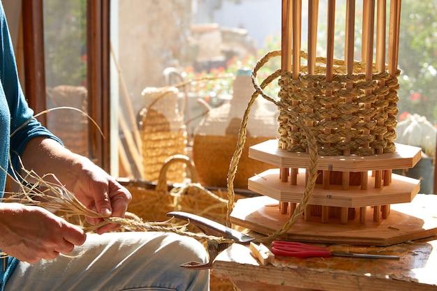 Esparto halfah grashandwerk-handwerkerhände