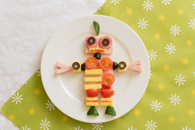 Essen in form eines roboters.