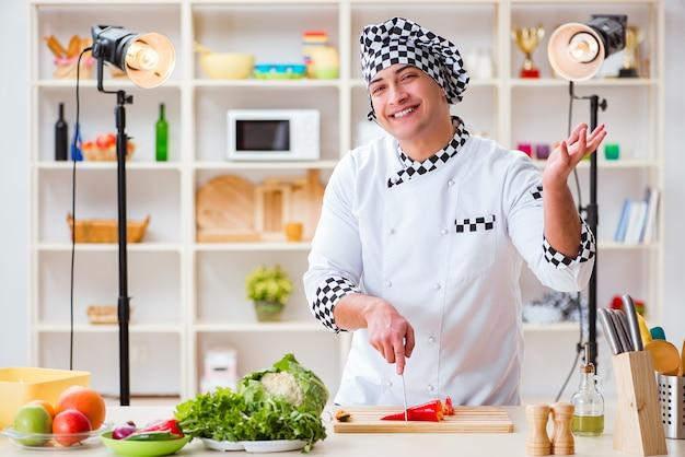 Essen kochen tv-show im studio